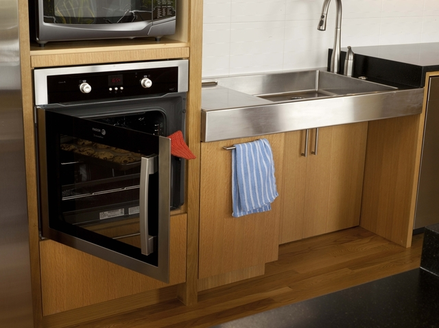 Countertop Height For Wheelchair : Wheelchair-accessible kitchens ADA Handicap kitchens Compact