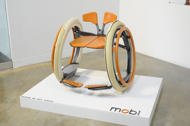 Mobi Electric Folding Wheelchair Concept