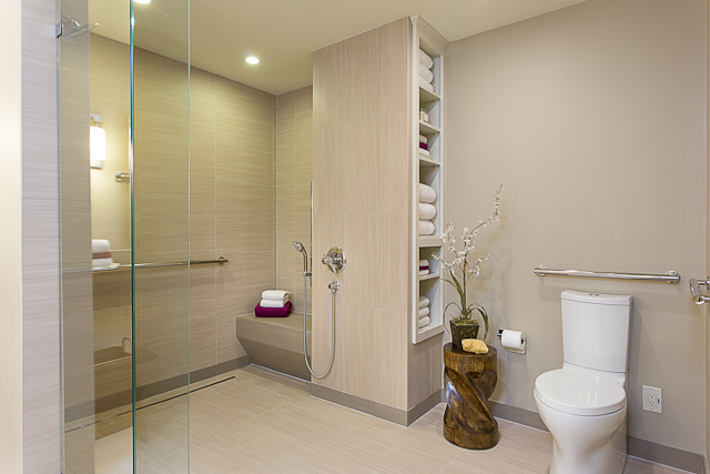 Baby boomer wheelchair accessible bathroom in austin for Handicapped accessible bathroom plans