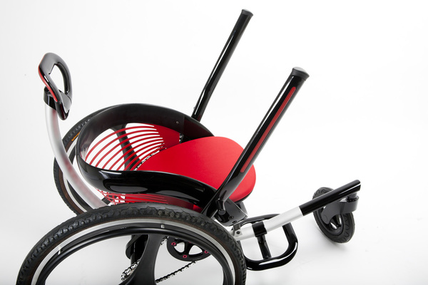 Leveraged Freedom Chair | Off Road WheelchairUniversal ...