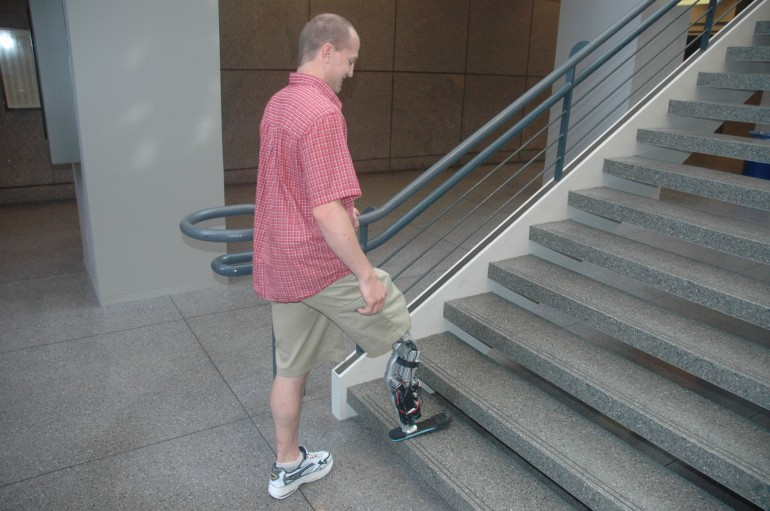 Nerve Controlled Leg Prosthetic Climbs Chicago's Willis Tower