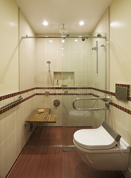 Award winning wheelchair accessible bathroom by morse for Bathroom design 15 x 9